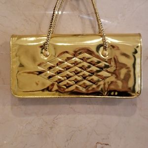 WOMEN'S LIKE NEW METALLIC GOLD BE&D PURSE BAG